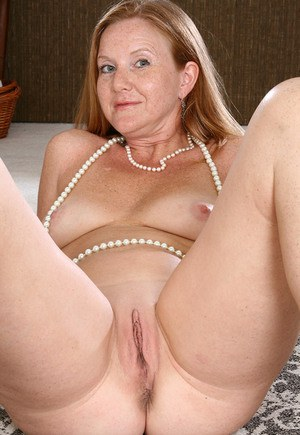 Nude Mature Shaved Pics