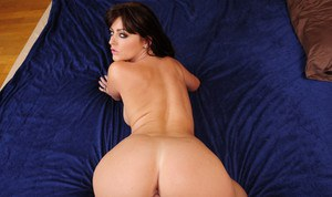 Nude Mature Gonzo Pics