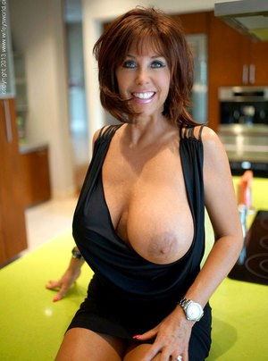 Nude Busty Mature Women, Mature Ladies, Naked Old Women