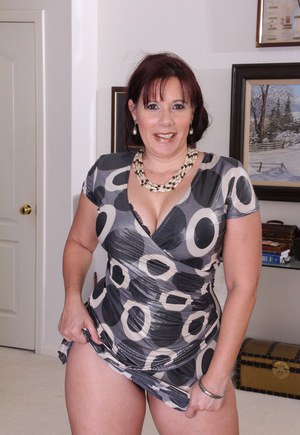 Nude Mature Clothed Pics
