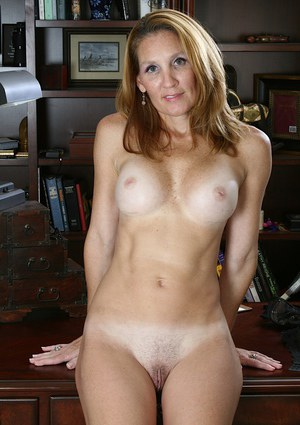 Nude Mature Office Pics